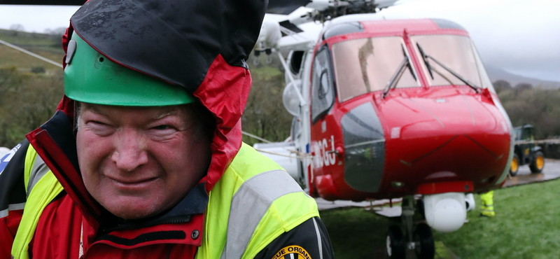 News: CRO rescue helicopter on Ingleborough